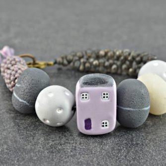 pebbles-cottage-bracelet-ditsy-blue-600x600