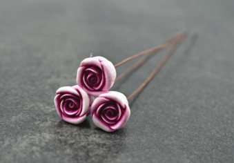 wild-rose-headpins-ditsy-blue-550x383